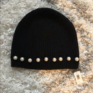 NWT Banana Republic Pearl Black Knit Hat